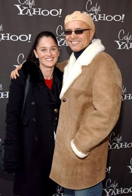 Robin Tunney and Joe Pantoliano
