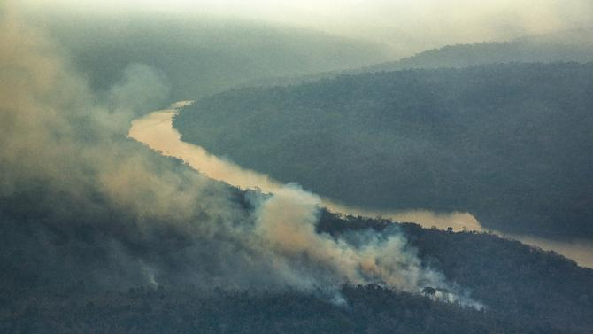 """A Greenpeace photo taken October 24, 2015 shows forest fires in the Arariboia indigenous lands in Brazil -- """"one of the biggest forest fires ever registered"""" within such a territory, home to 12,000 of the Guajajara people"""