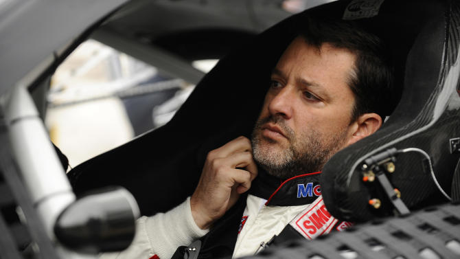 Tony Stewart back at the track, looking to heal