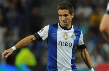 Porto 3-0 Dinamo Zagreb: Portuguese remain in pole position to top Group A