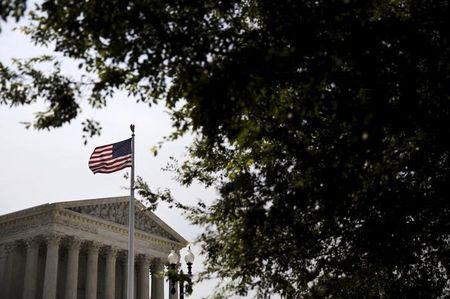 Supreme Court tackles hot social issues as 2016 election looms