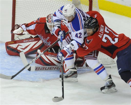 Capitals snap Rangers' 5-game winning streak