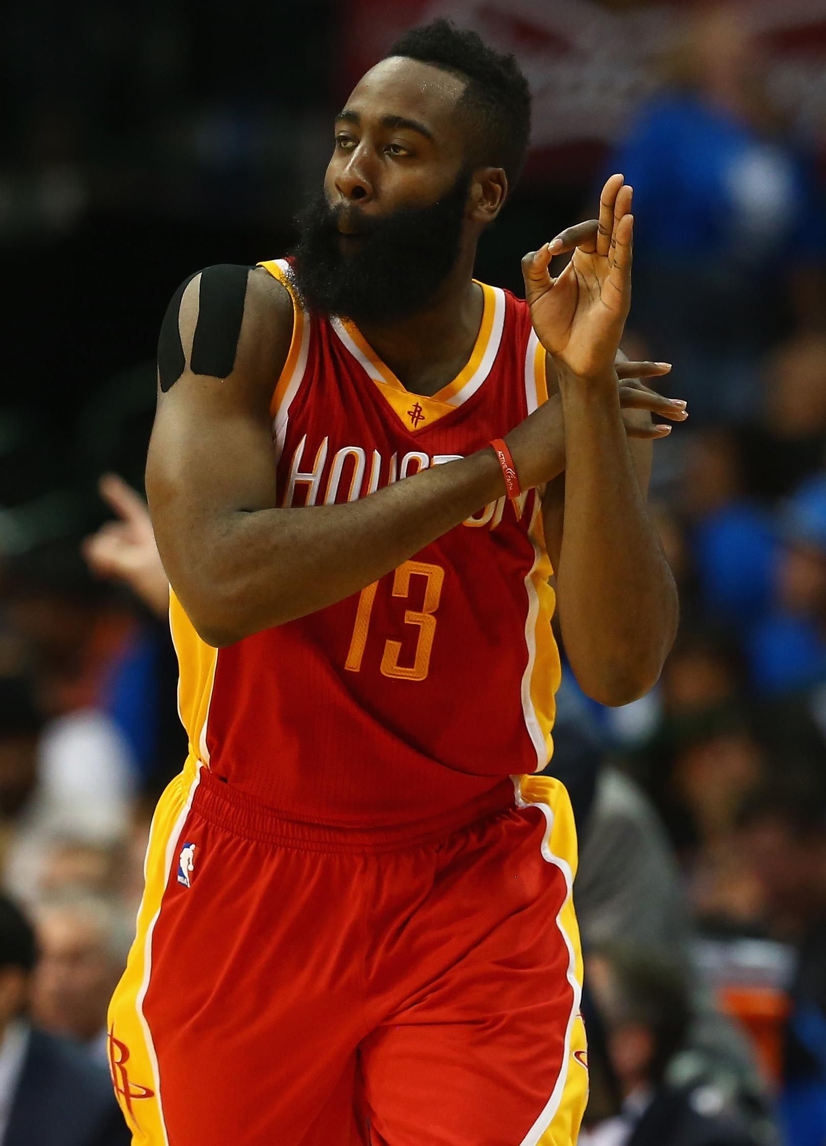 Harden, Howard lead Rockets to 130-128 win, 3-0 lead on Mavs