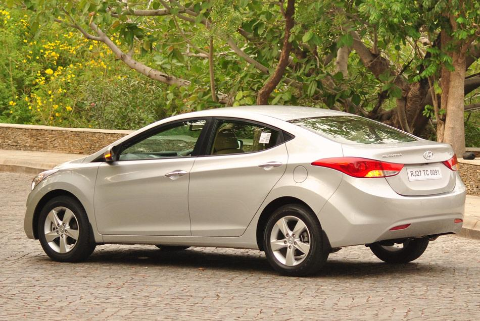 Fluidic Elantra Photos
