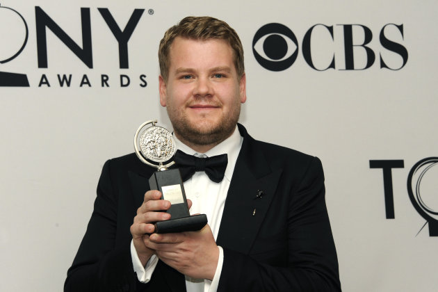 "James Corden holds his award for ""One Man, Two Guvnors"" at the 66th Annual Tony Awards on Sunday June 10, 2012, in New York. (Photo by Evan Agostini /Invision/AP)"