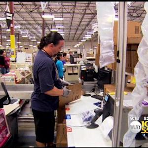 Post-Holiday Shoppers Pour Into Stores