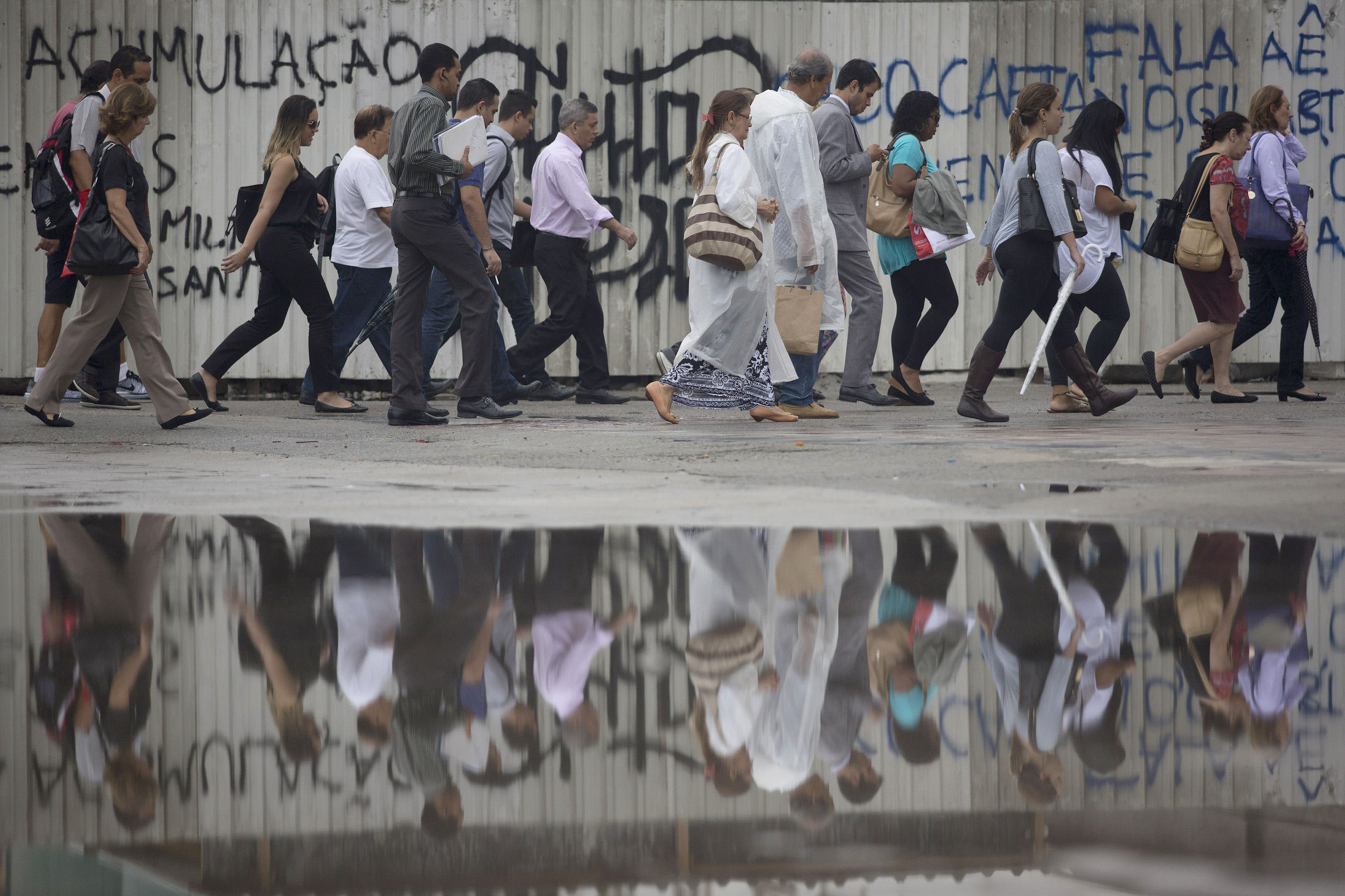 Foreigners who came to Brazil in boom times flee the bust