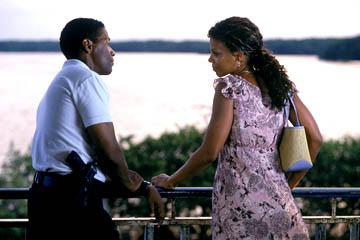 Denzel Washington and Sanaa Lathan in MGM's Out Of Time