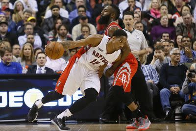2015 NBA scores: DeMar DeRozan's career night saved the Raptors and 3 other things we learned