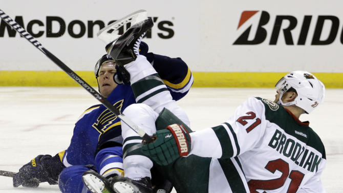 Blues whip Wild 4-1, even series at game apiece
