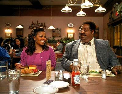 Denise Gains ( Janet Jackson ) and Mama Klump ( Eddie Murphy ) in Universal's Nutty Professor II: The Klumps