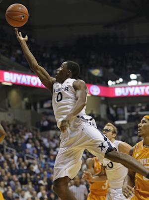 Christon scores 18, Xavier beats Tennessee 67-63