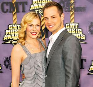 "LeAnn Rimes, Ex-Husband Dean Sheremet Feud on Twitter Over Gay Slur Remark: ""Who's the Bully Now?"""
