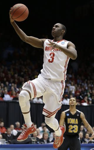 Thompson leads Ohio State over Iona 95-70