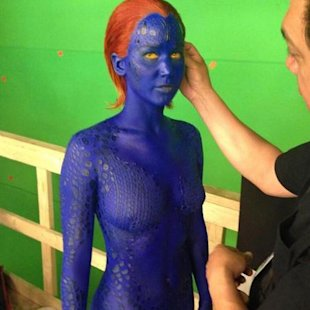 Jennifer Lawrence gets naked & shows off toned X Men bod
