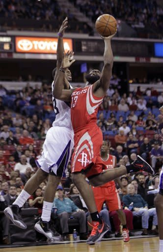 Kings topple Rockets 117-111