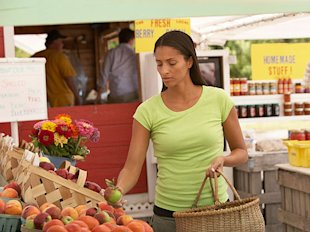 9 Tips for Smart Farmers' Market Shopping