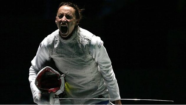 Di Francisca wins Olympic fencing gold, Vezzali bronze