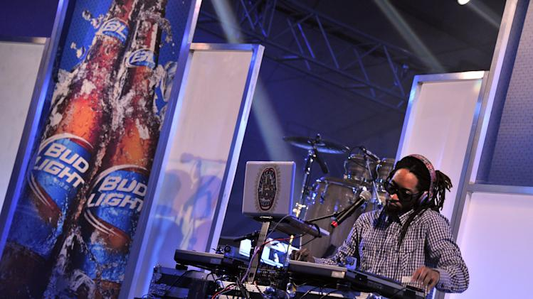 Bud Light Hotel Features Concerts By 50 Cent, Lil Jon And Pitbull
