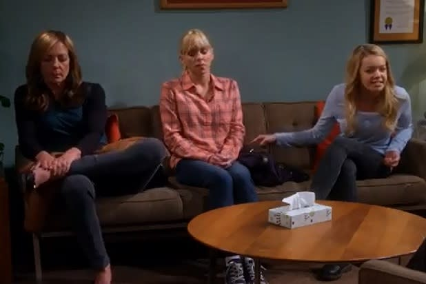 'Mom' Sneak Peek: Christy, Bonnie and Violet Get Tense on the Therapist's Couch (Video)