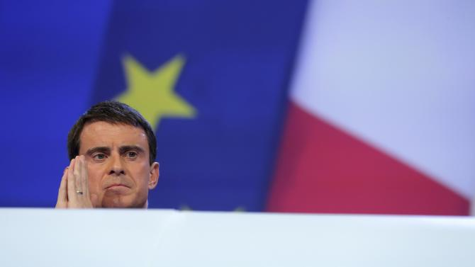French Prime Minister Manuel Valls attends the French Mayors Association annual meeting in Paris