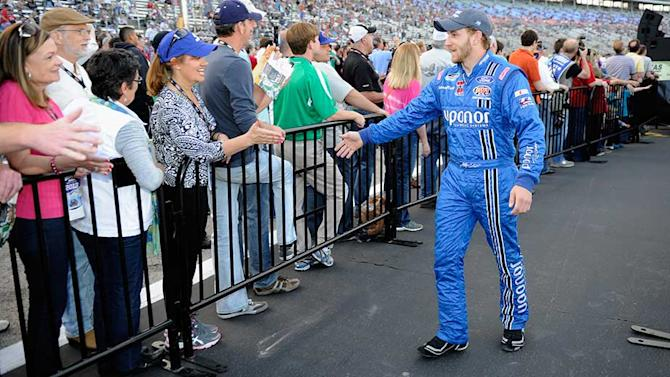 Earnhardt's effort pays off with JRM ride