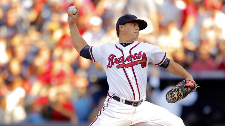 Atlanta Braves pitcher Kris Medlen works during the first inning of the National League wild card playoff baseball game against the St. Louis Cardinals, Friday, Oct. 5, 2012, in Atlanta. (AP Photo/Todd Kirkland)