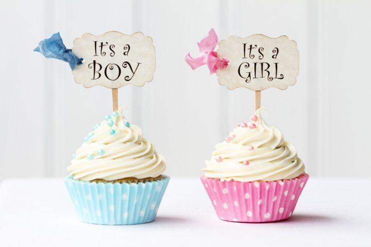 Mum-to-be turns to Internet for sympathy after her baby shower invite was shunned, doesn't get the response she expected