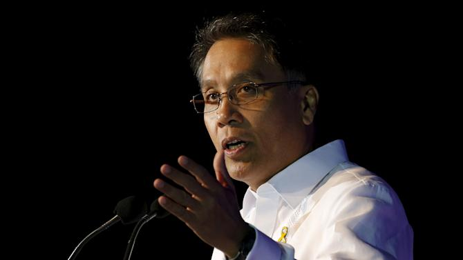 File photo of former Interior and Local Government secretary Mar Roxas, one of the contenders in the 2016 presidential election, speaking during a business forum in Pasay city, Metro Manila