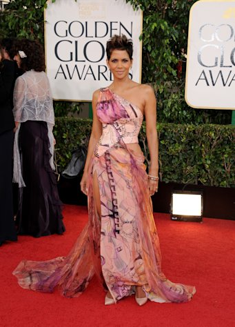 Actress Halle Berry arrives at the 70th Annual Golden Globe Awards at the Beverly Hilton Hotel on Sunday Jan. 13, 2013, in Beverly Hills, Calif. (Photo by Jordan Strauss/Invision/AP)