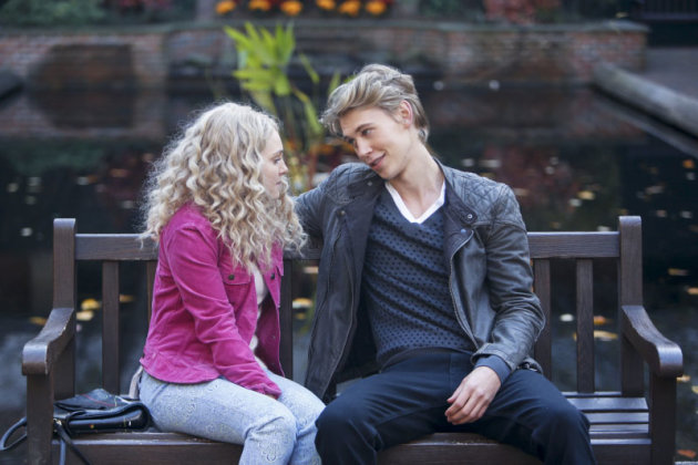 &quot;The Carrie Diaries&quot; -- &quot;Read Before Use&quot;