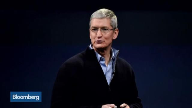 Tim Cook Is 17th Highest Paid U.S. Exec. So Who's No. 1?