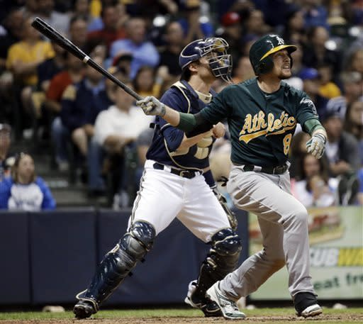 Milone, Crisp send A's to 10-2 win over Brewers