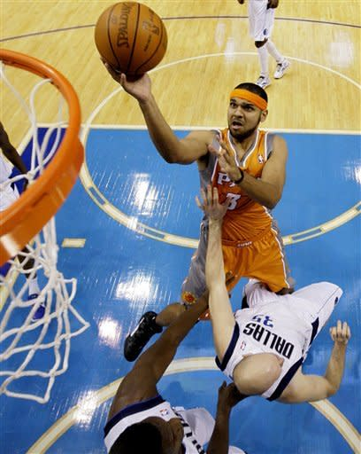 Marion's 29 points lead Mavericks over Suns 93-87