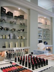 http://media.zenfs.com/en-US/blogs/partner/makeup-counter1.jpg