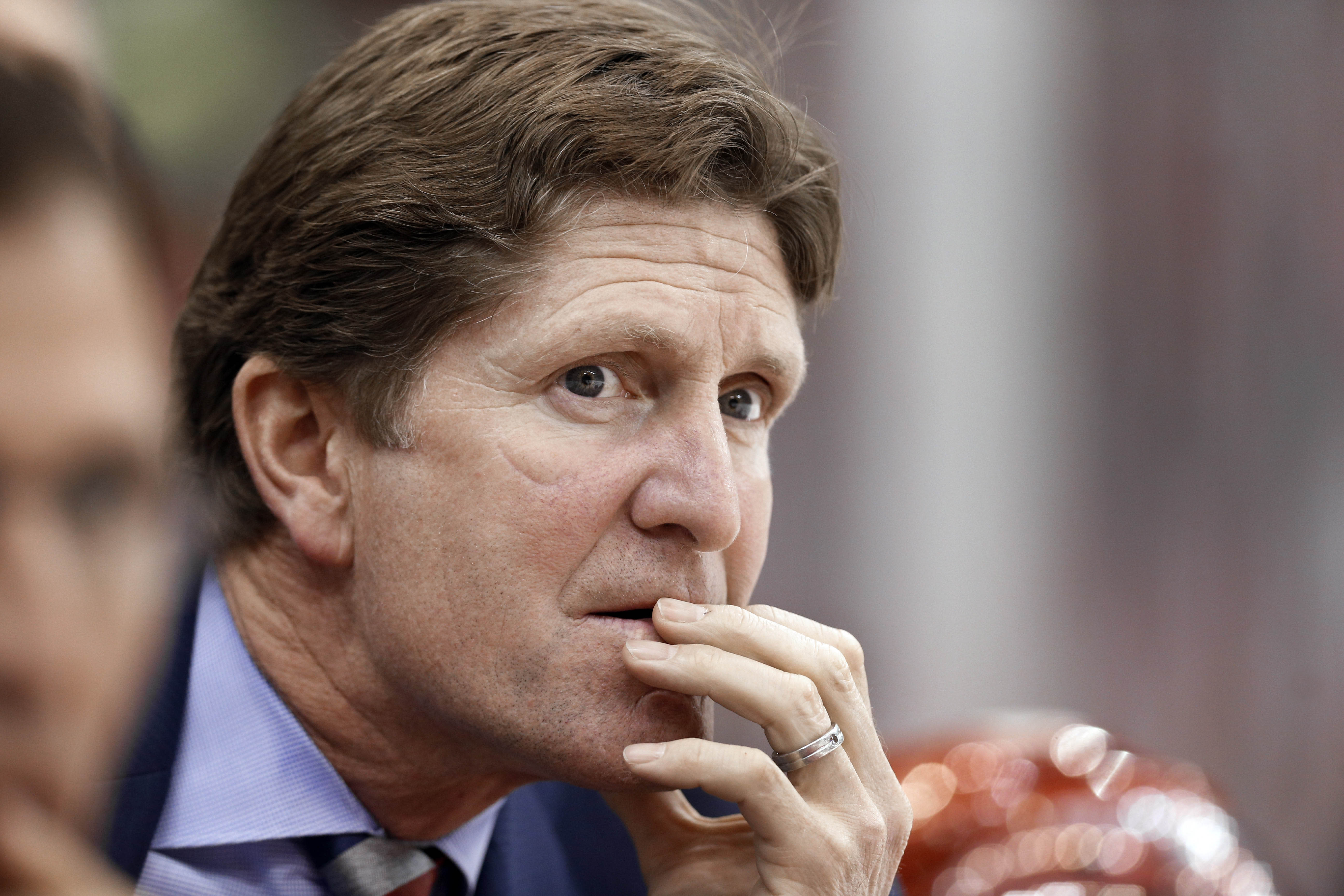 Toronto Maple Leafs hire Mike Babcock as new head coach