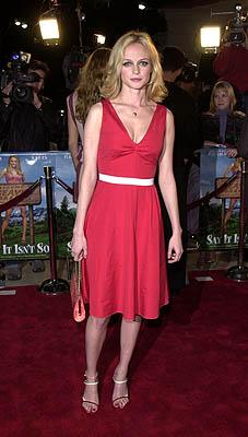 Premiere: Heather Graham at the Westwood premire of 20th Century Fox's Say It Isn't So - 3/12/2001