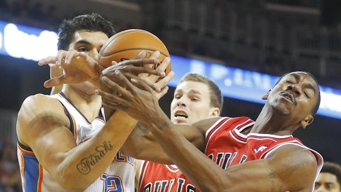 Bulls beat Thunder in preseason