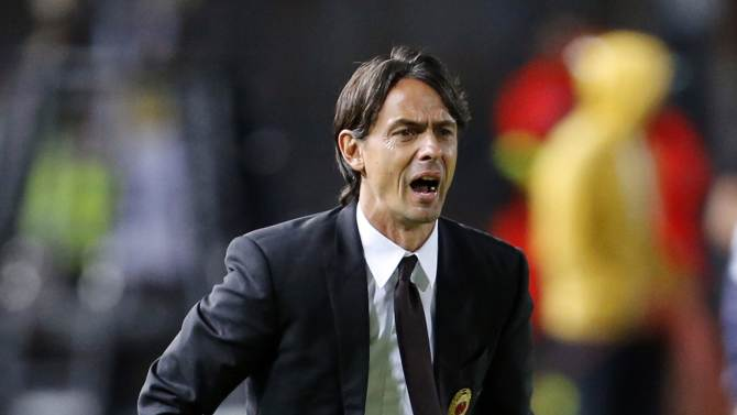 AC Milan's coach Inzaghi reacts during their Italian Serie A soccer match against Empoli in Empoli