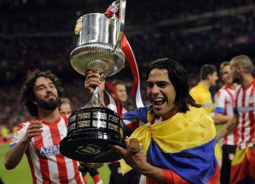 Falcao celebr con la bandera de Colombia