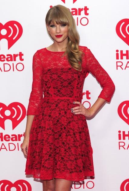 Taylor Swift poses in the press room at the iHeartRadio Music Festival at the MGM Grand Garden Arena in Las Vegas on September 21, 2012  -- Getty Images