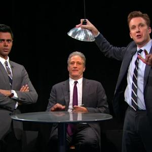 Interrogated on 'Daily Show' Jon Stewart Reveals What He's Scribbling All the Time