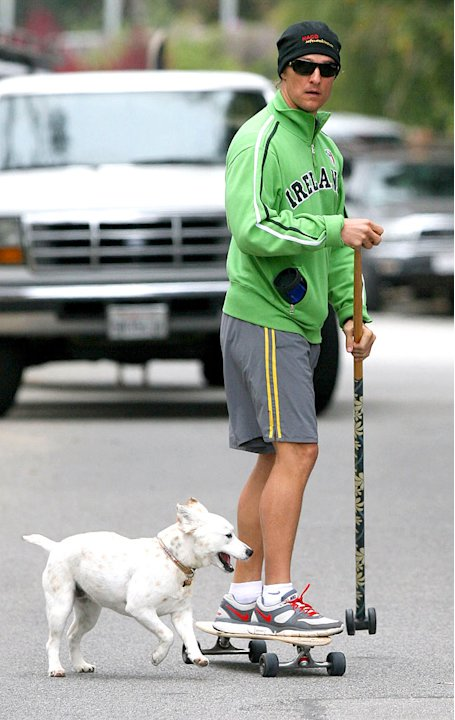 Mc Conaughey Matthew With Dog