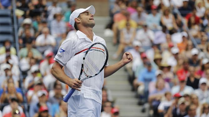 Andy Roddick reacts during his match against Italy's Fabio Fognini in the third round of play at the 2012 US Open tennis tournament,  Sunday, Sept. 2, 2012, in New York. (AP Photo/Mike Groll)