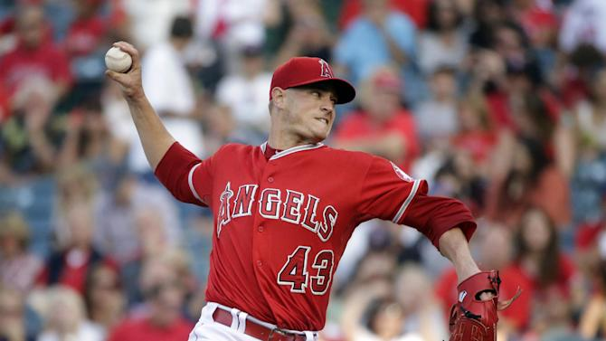 Angels' Richards loses no-hit bid in 7th inning