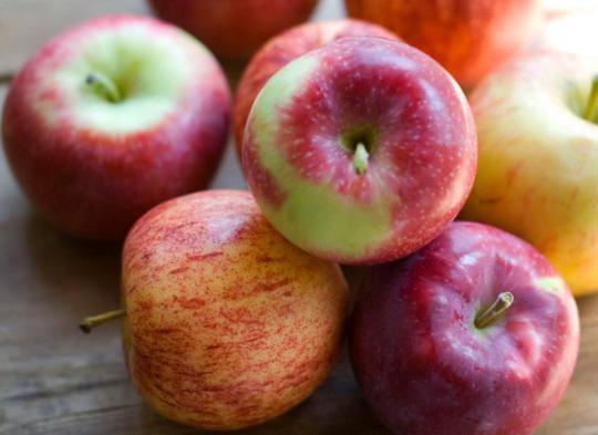 An Apple a Day May Not Keep the Doctor Away, Study Says