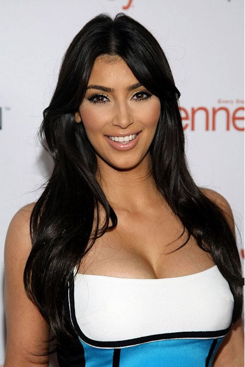"Kim Kardashian attends the ""I Heart Ronson"" event at Bar Marmont on April 3, 2009 in Hollywood, California."