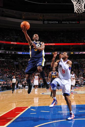 Williams, Young lift 76ers past Jazz, 104-91