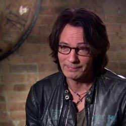 Rick Springfield Admits To 'Pathetic,' Embarrassing Moment