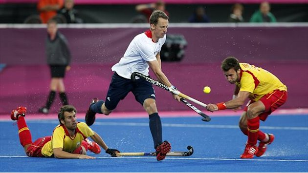 Britain in Olympic hockey semis, Spain livid